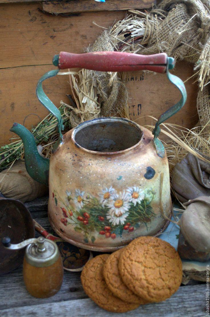 Купить Старый чайник  Ромашки и шиповник для дома, дачи - оливковый, чайник, эмалированный чайник, ромашки