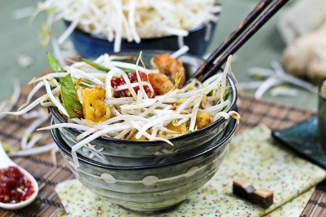 Quick and Easy Pineapple Shrimp Stirfry | Recipe | Pineapple Shrimp ...