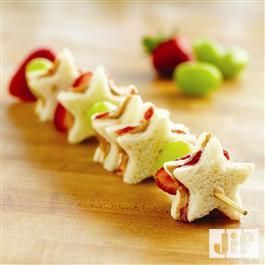 These star shaped PB&J Fruit Kabobs from Jif® are the perfect addition to your 4th of July picnic!