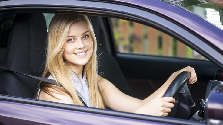 It is important to learn the rules of driving and apply them on the road in different situations. Here's where we come in – we are a driving school based in Calgary. Our mission is to put responsible, alert, confident and intelligent drivers on the road.