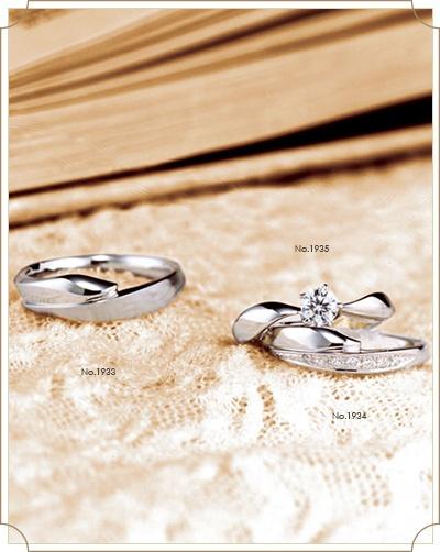 """Irisイリス 【アイリス】花言葉:あなたを大切にする ~虹色の幸せに包まれて~ アイリスはギリシャ語で「虹」。画家たちが愛した凛とした美しさを持つ""""幸せの青い花""""を二人の人生の始まりに"""