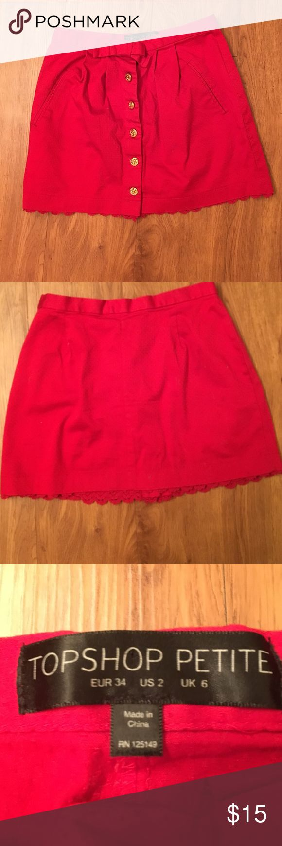 Topshop petite skirt Topshop petite skirt; worn a few times but still in good condition with no stains or holes Topshop PETITE Skirts Mini