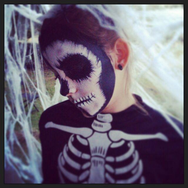 My Skeleton girl by Mummashar