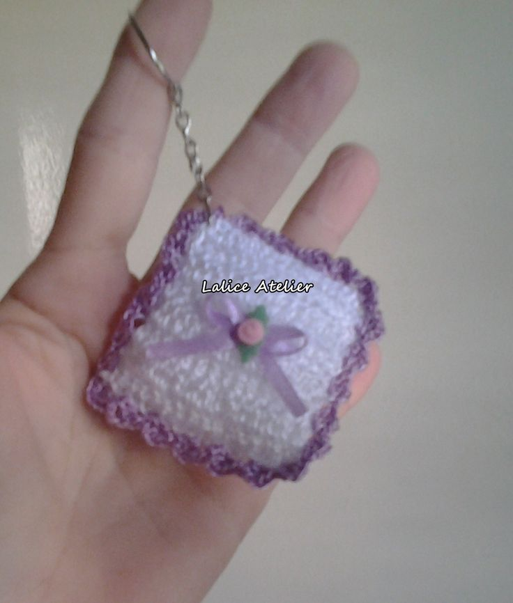 Bolsa De Croche Para Casamento : Chaveiro almofadinha em croch? casamento ch?panela