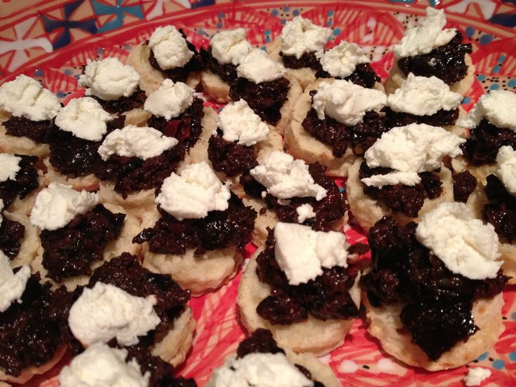 Cheesy Scones topped with slowcooked sweet onions and goats cheese