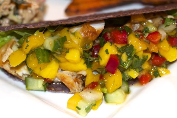 Chili-Lime Fish Tacos with Mango-Hot Pepper Jelly-Jalapeño Salsa ...