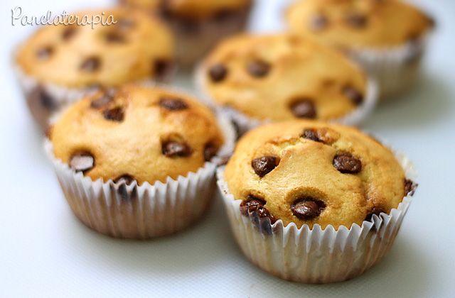 Bolinho de Baunilha com Gotas de Chocolate ~ PANELATERAPIA - Blog de Culinária, Gastronomia e Receitas
