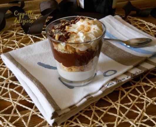 Coppette al cioccolato e crema di ricotta.Ricetta San Valentino - Cups chocolate and cream ricotta