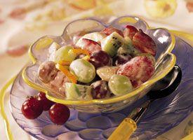 Sour Cream-Honey Fruit Salad: Creamy Dresses, Delicious Fruit, Fruit Salads, Sour Cream Honey, Fruit Salad Recipes, Cream Honey Fruit, Creamy Fruit Salad, Fresh Orange, Refreshing Treats