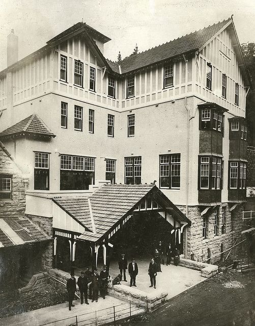 Jenolan Caves House (c. 1900), near Oberon in the Blue Mountains world heritage area (NSW, Australia) via Powerhouse Museum (Flickr Commons).