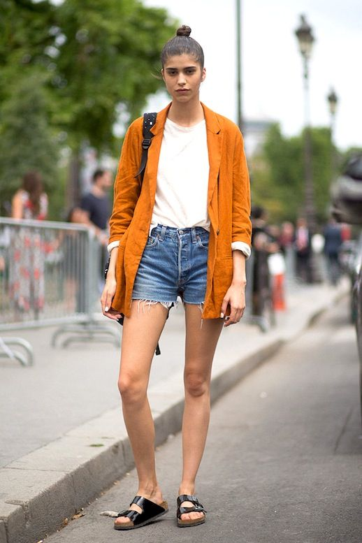 Model-Off-Duty: Mica Arganaraz Steps Out In Birkenstocks