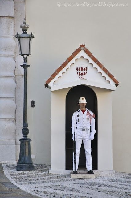 The Guards at the Palace of Monaco is composed of 3 Officers, 15 Sergeant-majors and 80 Privates, all highly trained French military men. Honor, Loyalty and Devotion to Duty is the motto on the flag of the Palace Guards, a group created in 1817 to provide 24-hour security for the Palace, royal residences, the Sovereign Prince and his family.
