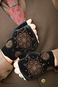 Polonova Velvet Wrist Warmers