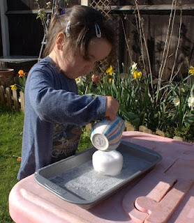 Toddler Science Activity: Toddlers Science Activities, Activities Science, Kiddo Science, Sodas Experiment, Kids Science, Science Math, Kiddie Science, Toddlers Class, Science Fun