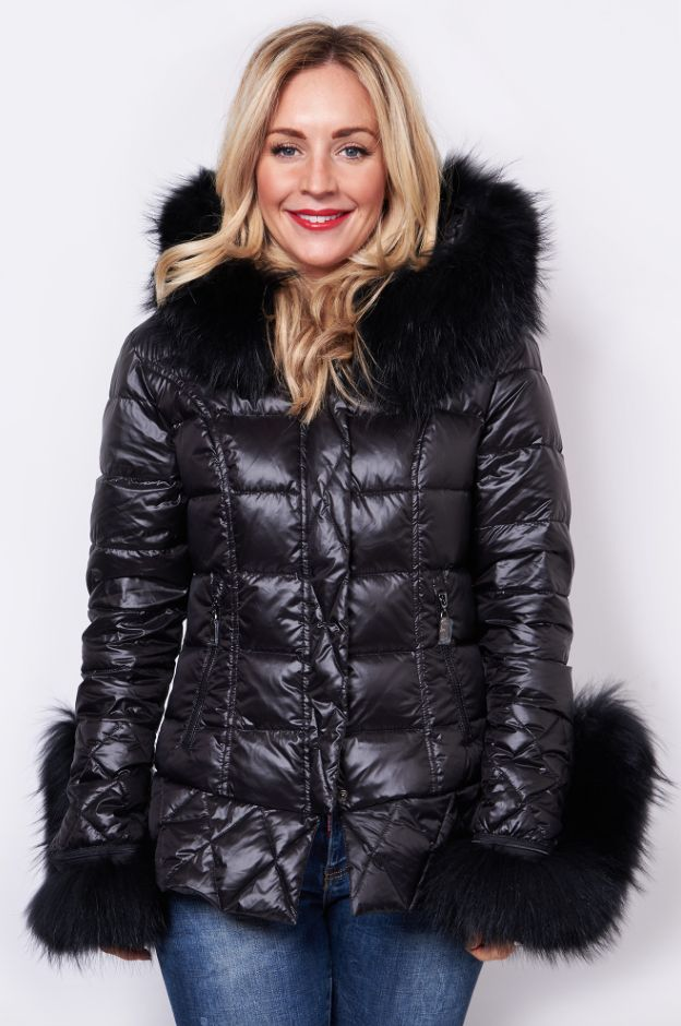 Grab 20% off all fur items! Use code 'FURREAL' or join us in-store! https://www.havetolove.com/collections/coats-jackets #fur #love #havetolove #trending #coat #new
