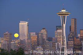 Luna şi Acul Spaţial 39 - Seattle, statul Washington, SUA