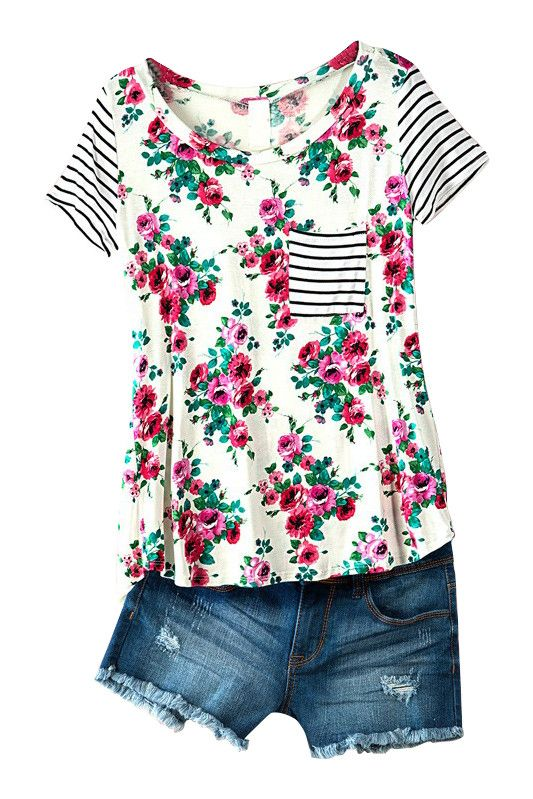 LOVE the combination of floral and strips! I like the casual feel of the top!