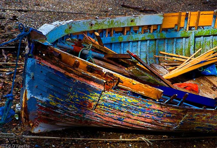 boatOld Boats, Art Water1, Vintage Boats, Colors, Broken Boats, Boats Photography, Art If, Chips Boats, Art Art
