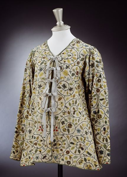 Jacket (image 1) | Great Britain | 1590-1630 | linen, silk, silver-gilt threads | Victoria & Albert Royal Museum | Museum #: 919-1873 | Possibly worn during pregnancy