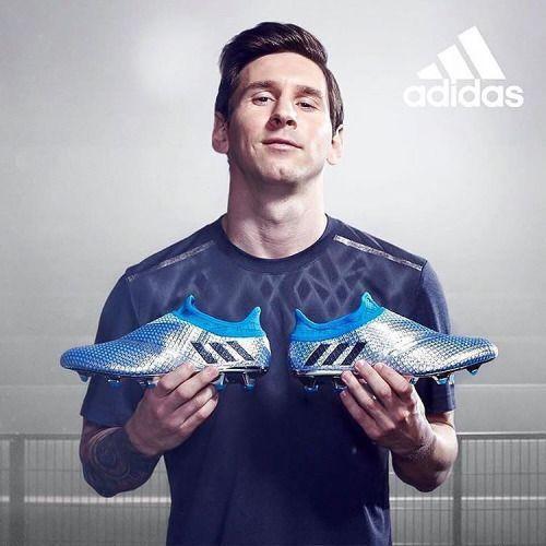 Los nuevos botines de @leomessi para la Copa América Centenario.