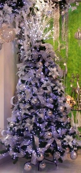 die besten 25 purple christmas tree decorations ideen auf. Black Bedroom Furniture Sets. Home Design Ideas