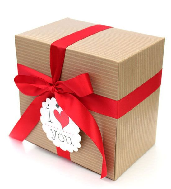 Valentine's day gift wrapping ideas Simple Kraft Folding boxes are inexpensive and make a statement. find them at http://b2bwraps.com/collections/folding-gift-boxes/products/gift-boxes-folding-kraft-pinstripe-2g01a?variant=891253047