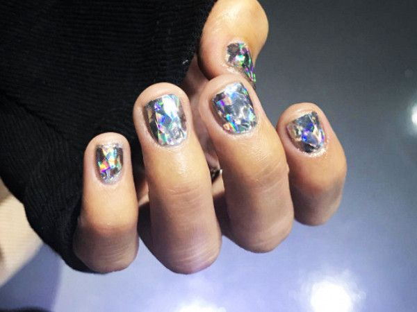 """Diamond Nails"" Are The Latest Korean Beauty Trend, and We Can't Stop Staring via @ByrdieBeauty"