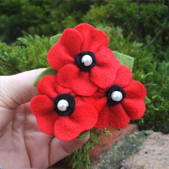 Three Poppies Brooch Red Poppy Pin Felt Poppy by CraftyJoDesigns