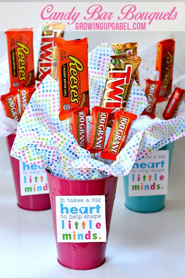 Need an easy and inexpensive gift? Make a candy bar bouquet! Using craft supplies from the dollar store, this fun craft is perfect for Mother's Day; Father's Day and Teacher Appreciation!