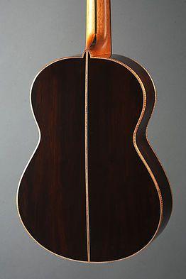 alquier luthier fabricant de guitares electriques et acoustiques   classique Juliette
