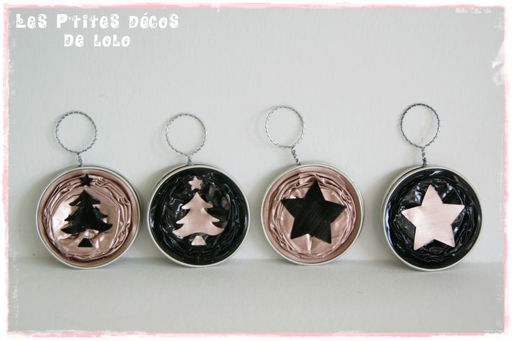 Boules avec des capsules nespresso sapin girly rose et noir
