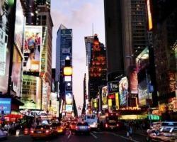 New York : New York est une destination idéale à tout moment de l'année, mais vaut d'autant plus la peine d'être visitée à Pâques, afin notamment d'admirer l'Easter Bonnet Parade, un défilé haut en couleur ! Enfilez vous aussi un chapeau et mêlez-vous à la parade qui traverse Manhattan et célèbre cette tradition du XIXe siècle qui consiste à porter des habits neufs le dimanche de Pâques.