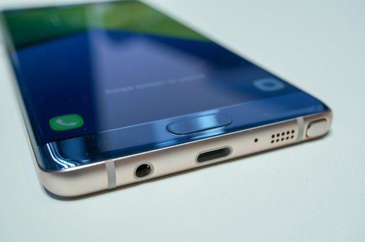 Après sêtre moqué de liPhone 7 Samsung va retirer la prise jack du Galaxy S8