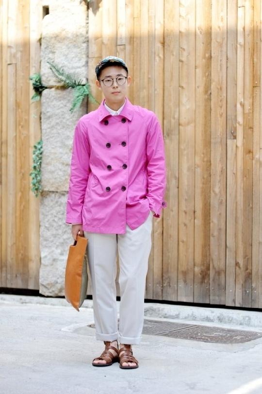 pink jacket, h cap, white pants, street fashion of seoul, korea