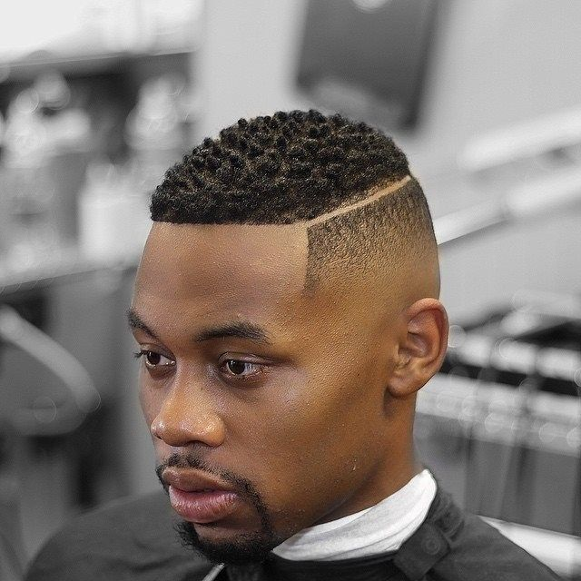 les 25 meilleures id es concernant coupe afro homme sur pinterest haircut black man coiffure. Black Bedroom Furniture Sets. Home Design Ideas