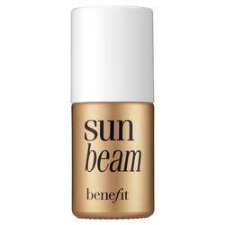 I love it!! In summer I only used it to illuminate my cheekbones, but now that it's cold and the sky is gray, I put it on the entire face for the evenings, it gives a healthy glow!