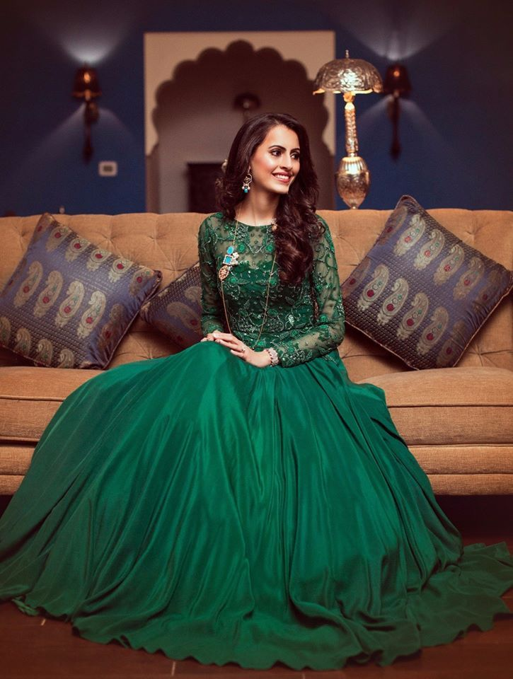 So greeny! The Pineapple Productions, Jaipur  #weddingnet #wedding #india #jaipurwedding #indian #indianwedding #weddingphotographer #candidphotographer #weddingdresses #mehendi #ceremony #realwedding #lehenga #lehengacholi #choli #lehengawedding #lehengasaree #saree #bridalsaree #weddingsaree #indianweddingoutfits #outfits #backdrops  #bridesmaids #prewedding #photoshoot #photoset #details #sweet #cute #gorgeous #fabulous #jewels #rings #tikka #earrings #sets #lehnga #love #inspiration