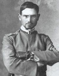 Emilio Lussu al tempo della Grande Guerra.