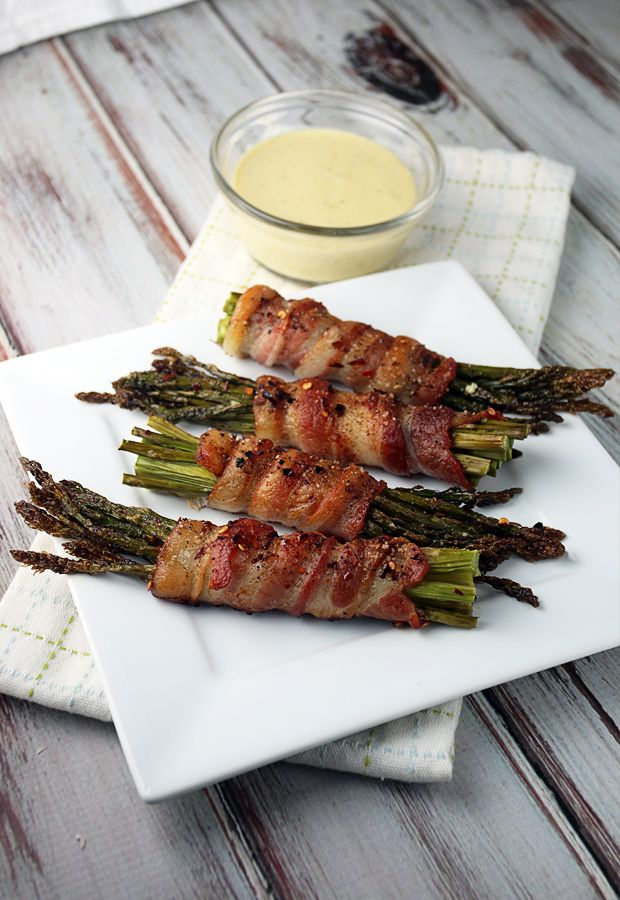 Bacon Wrapped Asparagus with Garlic Aioli | Ruled Me