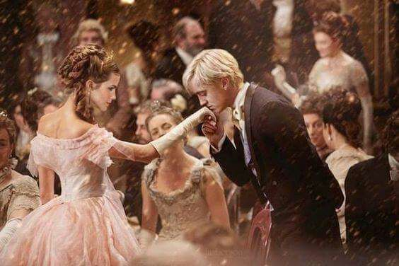 Hermione hates Draco... Or that's what she thought! Another year at h… #fanfiction Fanfiction #amreading #books #wattpad