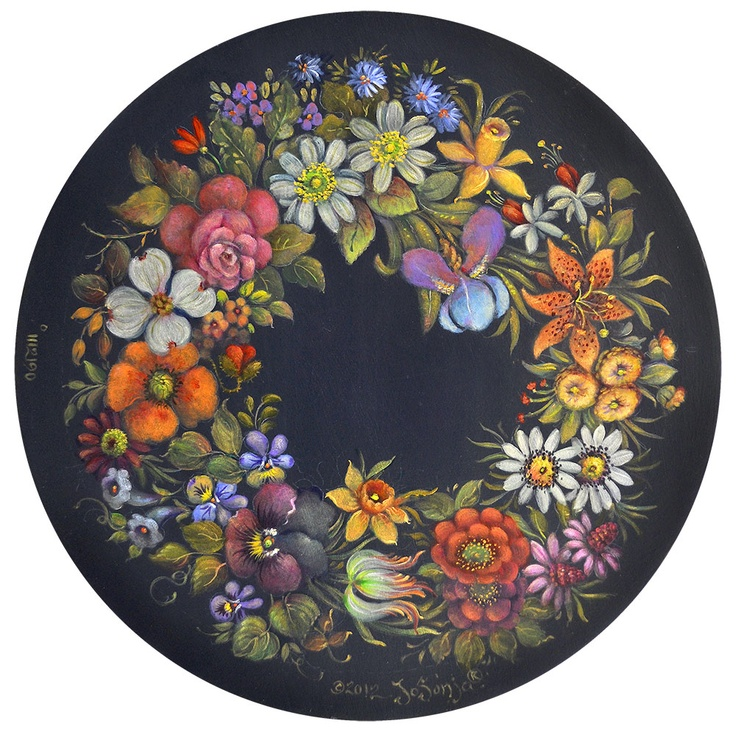 Jo Sonja used exquisite colours for the Chippendale florals on this tin platter.