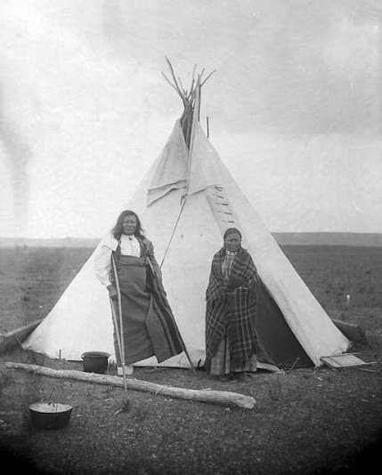 Rain In The Face with his wife Sati - Hunkpapa - no date