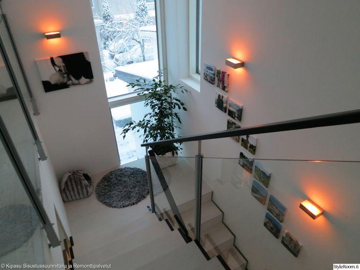 portaikko, ikkuna portaikossa