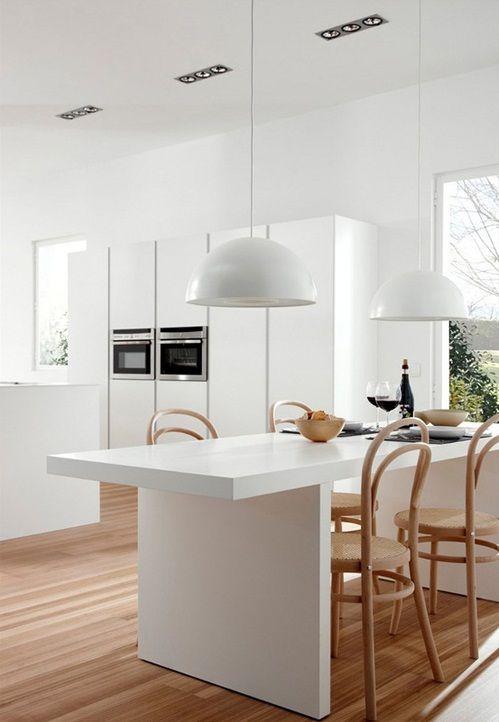 #excll #дизайнинтерьера #решения Большая и просторная или маленькая и уютня – кухонная мебель белого цвета беспроигрышный вариант для оформления любойкухни. Белые кухни пользуются огромной популярностью, они выглядят стильно и изящно, они вне времени. Такие решения стильны и ярки, но при этом спокойны иRead more