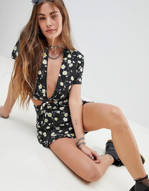 dc4fe91cd306 Motel Tie Front Crop Shirt In Dot Daisy Co-Ord