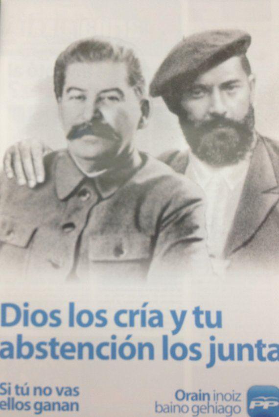 Cartel electoral del PP vasco criticando a la izquierda y al nacionalismo a través de una montaje fotográfico en el que aparecen Stalin y Sabino Arana abrazados.