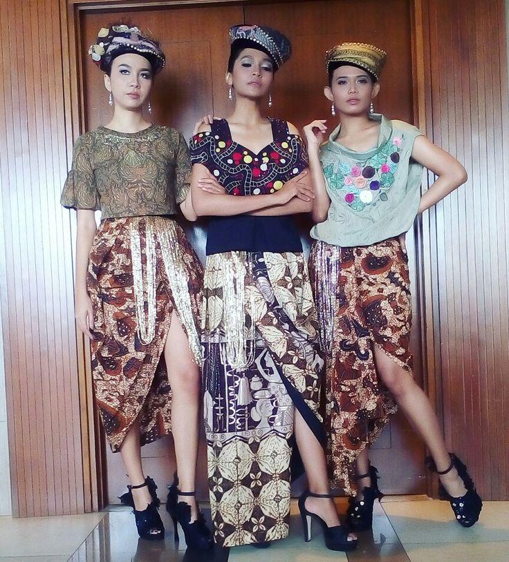 Sarong batik indonesia