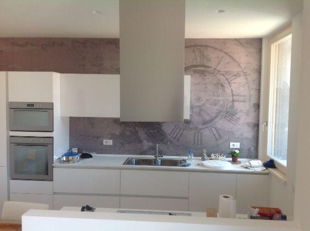 una nuova idea per personalizzare il rivestimento della parete della propria cucina con una fibra in vetro personalizzata nella stampa e nel decoro