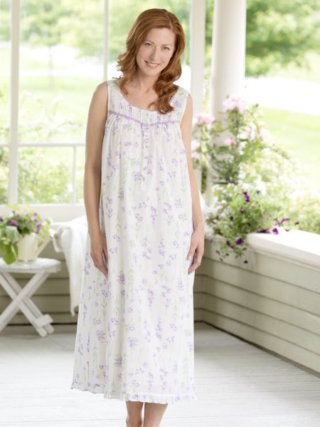 Eileen West Lavender Floral Nightgown  cdc965490