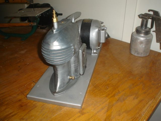 SPEEDY AIR COMPRESSOR FROM THE 1940s THE ART DECO DESIGN IS SOUGHT AFTER BY DEISELPUNK FANS